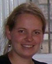 Dr. Cornelia Aust