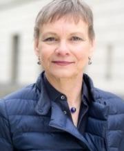 Prof. Sabine Kunst